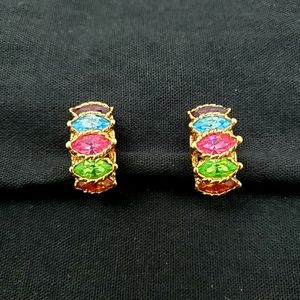 Vintage Unsigned Crystal Clip On Earrings